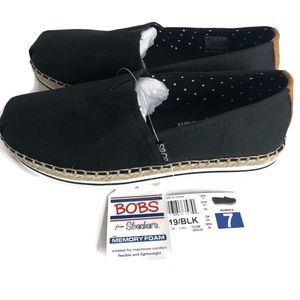 BOBS shoes from sketchers with memory foam size 7